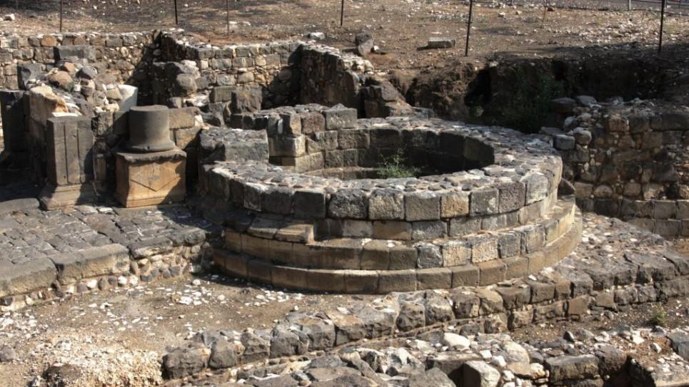 round-Roman-tower-6995-965x543