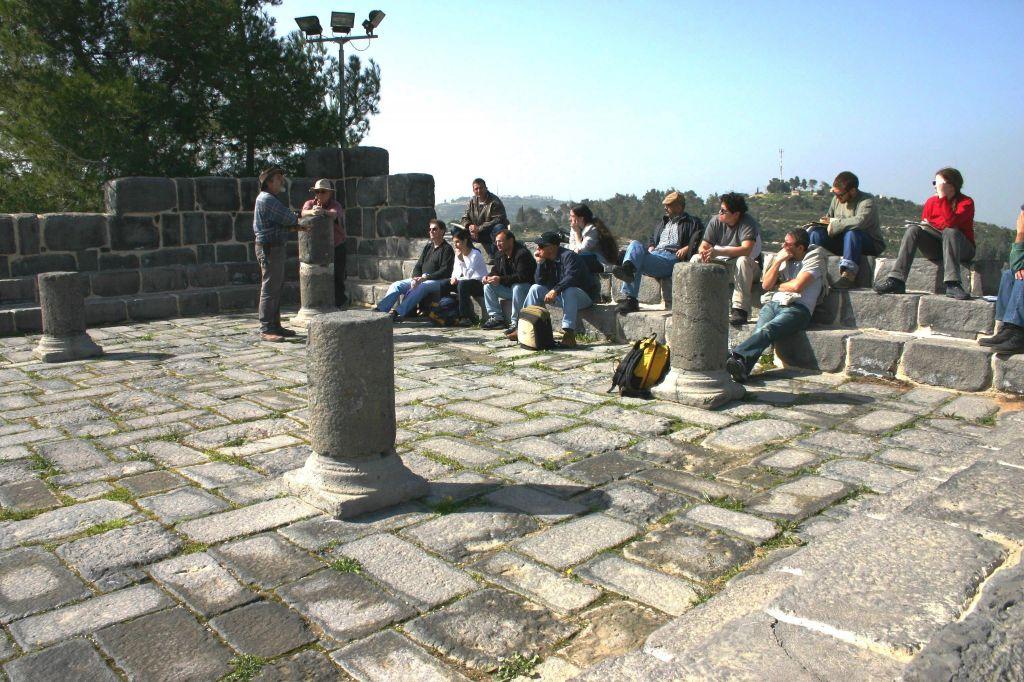 yad-hashmona-synagogue1